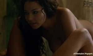Hannah new and jessica parker kennedy nude funereal sails s02e03