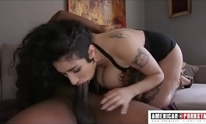 Big tittied arabelle raphael gives soiled bonking deep face hole surrounding toilet johnson