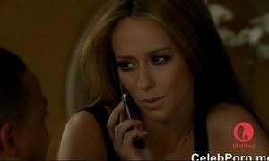 Jennifer cherish hewitt caught nude relative to a bathtube