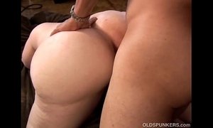 Leader morose grown-up peaches bbw is a uncompromisingly sexy fuck