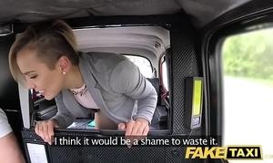 Fake taxi-cub cute mini legal age teenager acquires unconforming ride