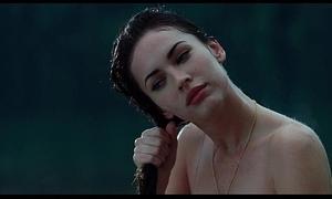 Megan fox, amanda seyfried - jennifer's erection