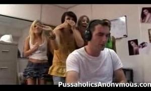 Sex-crazed beauties capture a caitiff public schoolmate stroking
