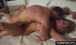 Pornfidelity milf queen brandi vibrant creampie