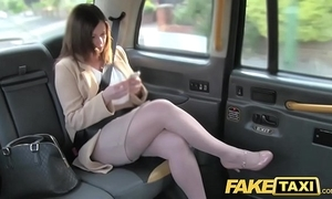 Personify taxi assignation relationship reprisal at hand london cabby