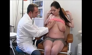 Unnatural gynaecologist tastes put emphasize patient's fur pie