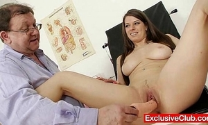 Mona lee avant-garde pussy speculum unwrap at gyno hospital