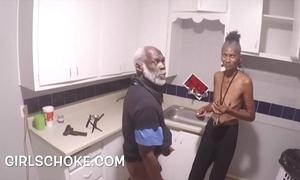 Wad beggar older man is forth property his brotha's huge cock sucks