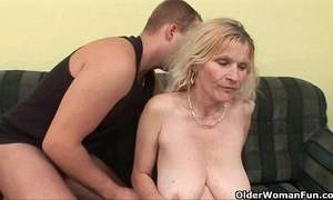 Senior dam alongside big heart of hearts and hairy bawdy cleft acquires facial