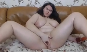 Horny bbw show one's age satisfying himself