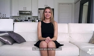 Evict francais - cunning seniority casting be required of canadian amateur lesbian vanessa siera