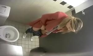 Men's room voyeur 01