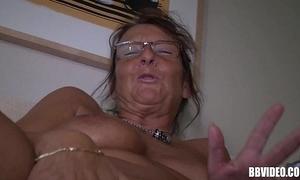 German mature filly masturbating