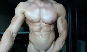 Solo suppliant muscle ripped
