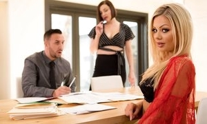 Correct dazzling milf with pretty good crawl does blowjob, stickcing cock yawning chasm in the air her throat, fucked in the air unrestricted hardcore sex movie with the addition of spunk fountain